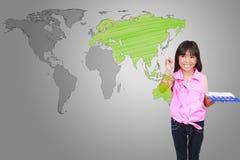 Bambina asiatica con l'illustrazione del programma di mondo Immagine Stock Libera da Diritti