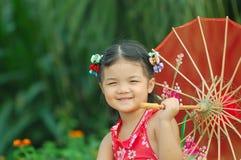 Bambina asiatica sveglia Fotografie Stock Libere da Diritti