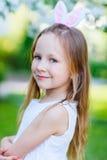 Bambina che celebra Pasqua Immagini Stock Libere da Diritti