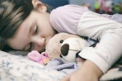 Bambina che dorme sicuro Fotografia Stock