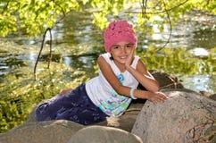 Bambina che gode della natura Fotografia Stock