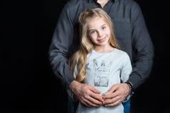 Bambina con il suo padre fotografie stock