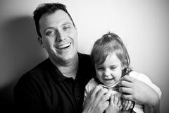 Bambina con il suo papà Fotografie Stock Libere da Diritti