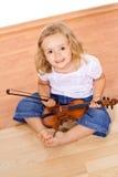Bambina con il violino Fotografia Stock Libera da Diritti