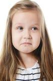 Bambina con le emozioni sul fronte Fotografie Stock Libere da Diritti