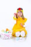 Bambina con le uova di Pasqua Fotografia Stock