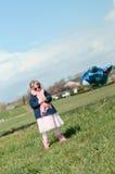 Bambina con un aerostato Fotografia Stock