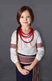 Bambina in costume nazionale ucraino Fotografia Stock
