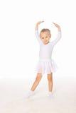 Bambina nella posa di ballo Fotografia Stock