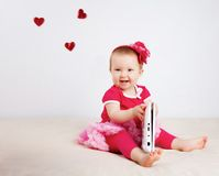 Bambina in studio fotografie stock libere da diritti