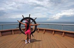 Bambina sull'imbarcazione Immagini Stock Libere da Diritti