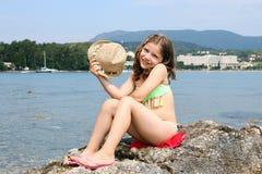 Bambina sulle vacanze estive immagine stock libera da diritti