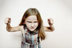 Bambina triste con capelli biondi lunghi. Immagine Stock Libera da Diritti