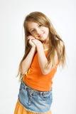 Bambina in vestito casuale immagini stock