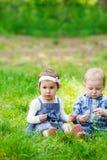 Bambini all'aperto Immagini Stock