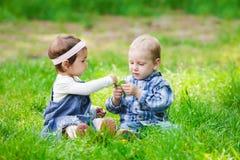 Bambini all'aperto Fotografia Stock Libera da Diritti