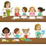 Bambini in Art Class illustrazione vettoriale