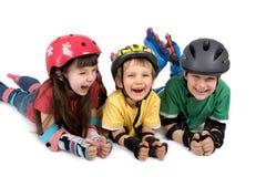 Bambini in attrezzo di sicurezza Fotografia Stock Libera da Diritti