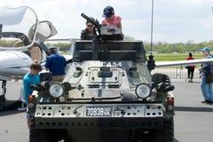 Bambini in carro armato Immagine Stock Libera da Diritti