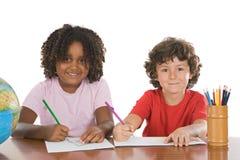 Bambini che fissano insieme Immagine Stock Libera da Diritti