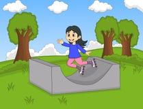 Bambini che giocano il pattino di rullo al fumetto del parco Immagini Stock Libere da Diritti