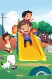 Bambini che giocano nell'illustrazione del campo da giuoco Immagine Stock Libera da Diritti