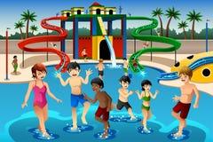 Bambini che giocano in un waterpark Fotografie Stock Libere da Diritti