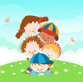 Bambini che hanno divertimento Immagine Stock
