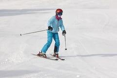 Bambini che iniziano ad imparare come sciare Sport di inverno fotografie stock