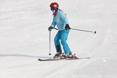 Bambini che iniziano ad imparare come sciare Sport di inverno fotografia stock