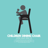 Bambini che pranzano sedia Fotografia Stock Libera da Diritti
