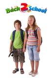 Bambini con di nuovo al tema del banco isolato su bianco Fotografie Stock