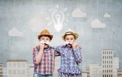 Bambini con i baffi Fotografie Stock Libere da Diritti
