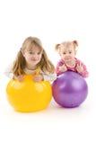 Bambini con la sfera Fotografie Stock