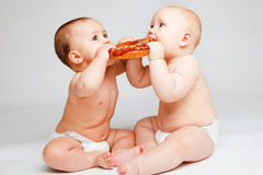 Bambini con pane Fotografia Stock