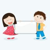 Bambini con un'insegna in bianco Fotografia Stock