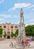 Bambini cubani al monumento di Calixto Garcia Iniguez Fotografia Stock