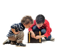 Bambini curiosi Fotografia Stock Libera da Diritti