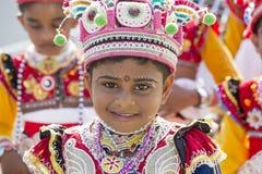 Bambini dello Sri Lanka addetti al festival di Katina Mirissa, Sri Lanka Fotografia Stock