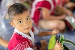 Bambini di Karen della scuola di Banbongtilang Fotografie Stock