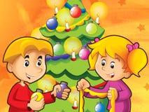 Bambini divertendosi decorando l'albero di Natale Fotografia Stock Libera da Diritti