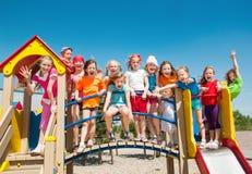 Bambini divertenti all'aperto Fotografie Stock