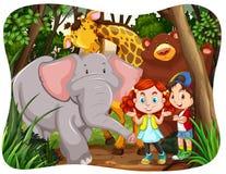 Bambini e animali selvatici in giungla illustrazione di stock