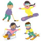Bambini e sport invernali divertenti Fotografia Stock