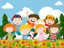 Bambini felici in giardino floreale Immagine Stock Libera da Diritti