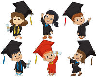 Bambini graduati felici Fotografia Stock Libera da Diritti