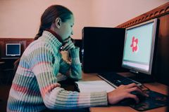 Bambini nella classe del computer Fotografia Stock Libera da Diritti