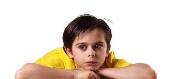 Bambini premurosi nel fondo bianco Fotografia Stock Libera da Diritti