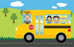 Bambini in scuolabus Fotografia Stock