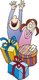 Bambini sorpresi entro i regali di Natale Immagine Stock